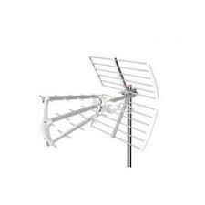 Antena UHF pasiva. 17dB. C60. D/A 28dB. Triple. Color blanco